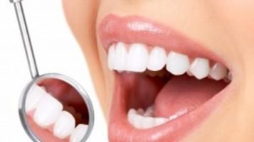 Poche regole per l'igiene della bocca